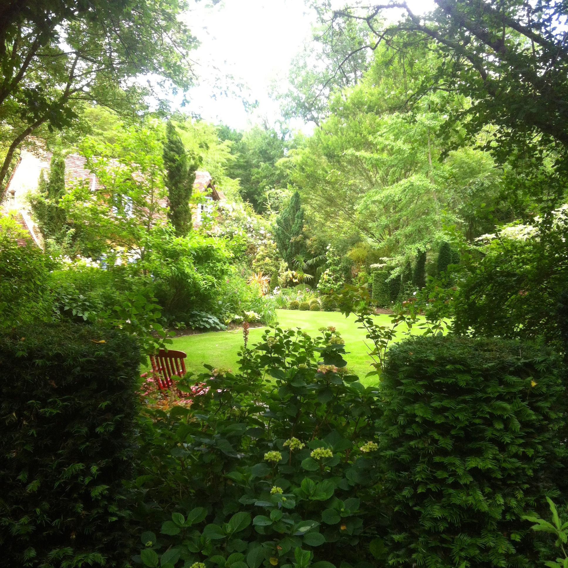 Jardin du Petit Bordeaux jardin remarquable clairière engazonnée
